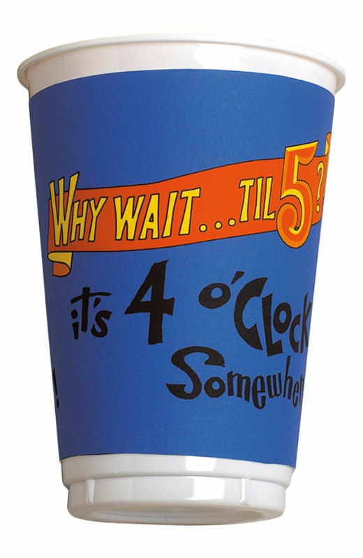 4 O' Clock Somewhere 16 oz. Plastic Cups (8 count)