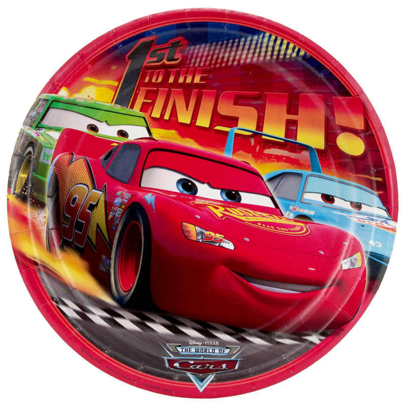 Disney's World of Cars Dinner Plates (8 count)
