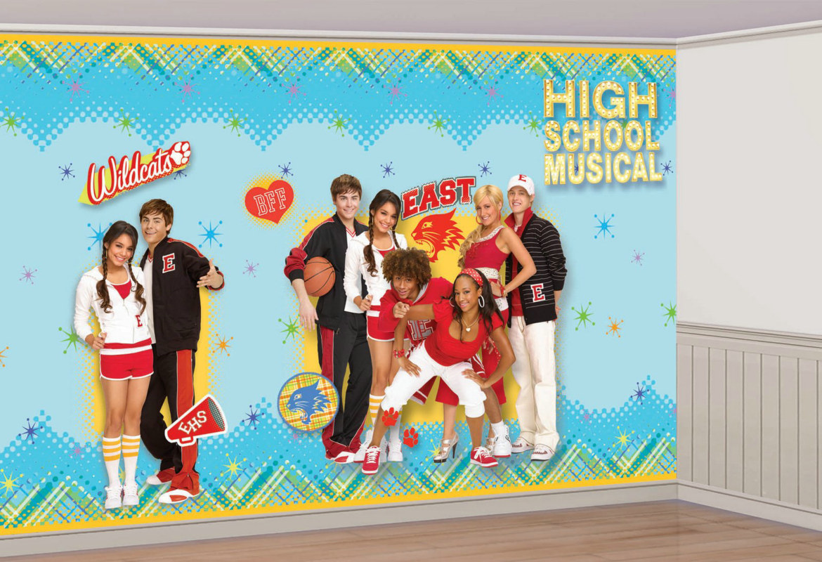 8' High School Musical Giant Decorating Set